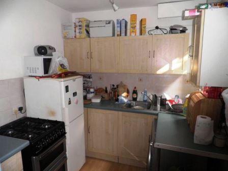 kitchen (640x480)