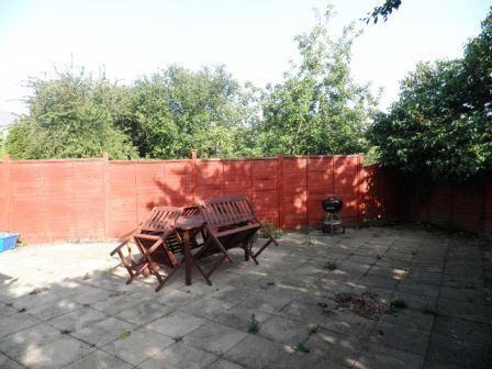 garden (640x480)